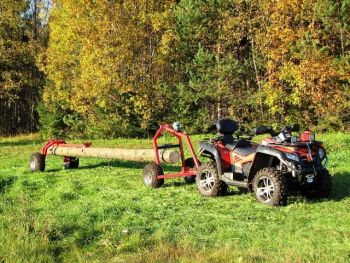 ATV log hauler with rear support part and manual winch